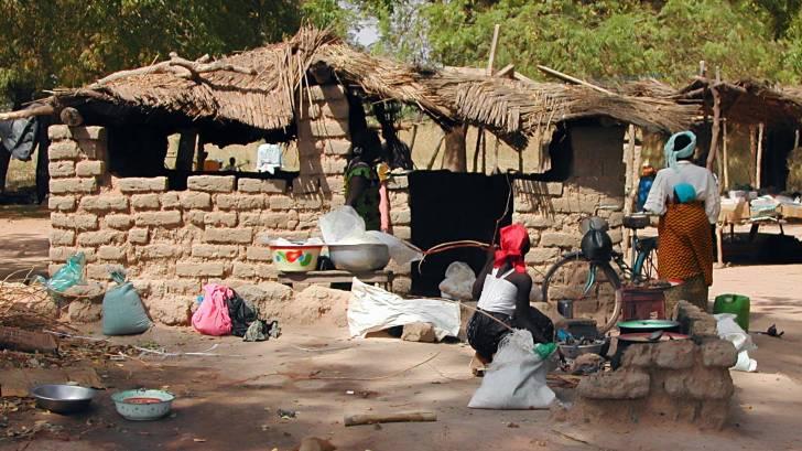 Burkina Faso women and clay homes