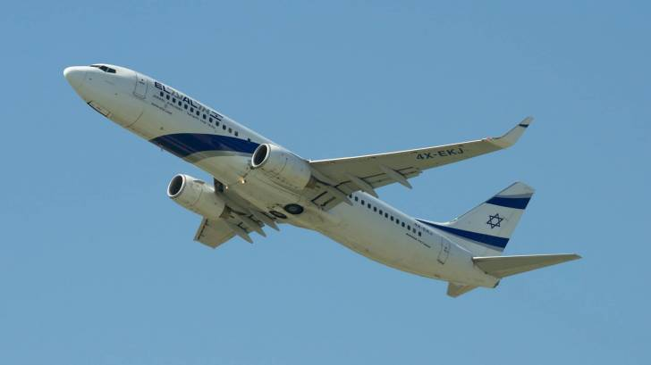 Israel airline in the sky