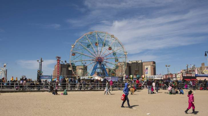 coney island ferris wheel in brooklyn
