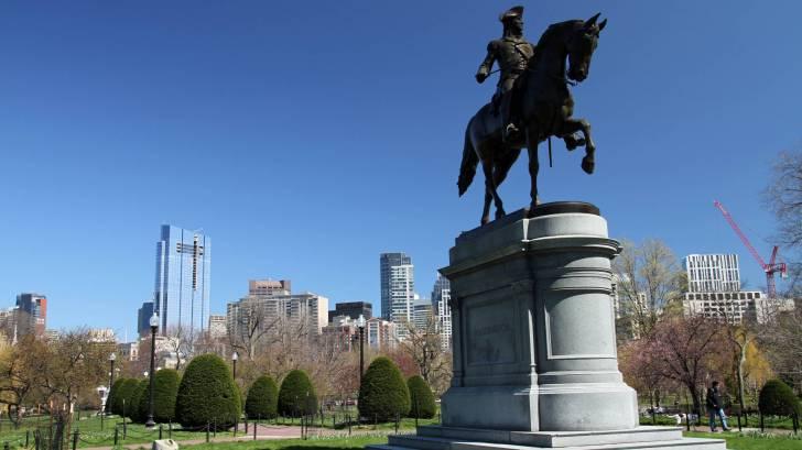 George Washington on horse statue