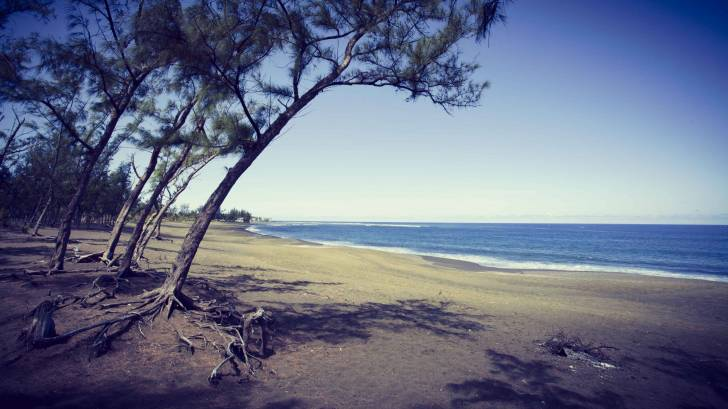 reunion island beach