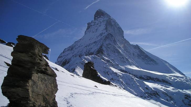 the matterhorn in the alps