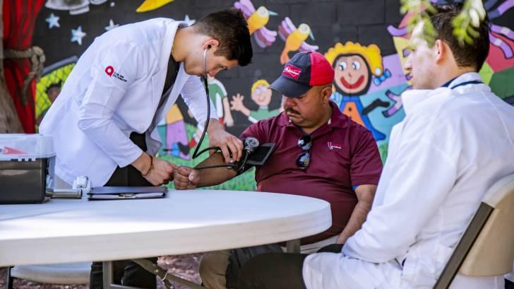 healthcare doctors trating patient