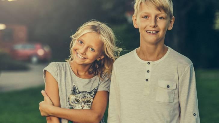 sibling teens