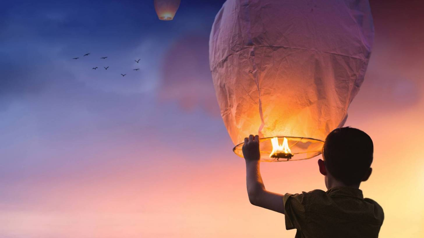 Chinese Lantern going up in the sky