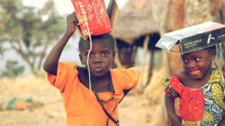 african children in the street